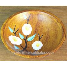 Hermosa flor pintada plato de madera