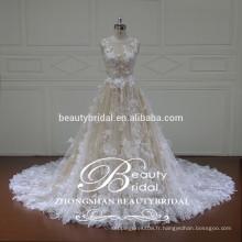 Robe de mariée en robe de bal en dentelle en mousseline de soie sans manches avec modeste embellissement