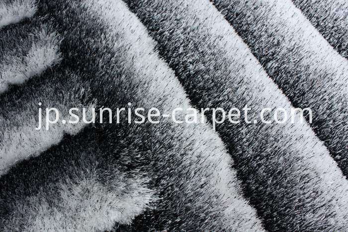 Polyester 3D Shaggy Rug Black & White color