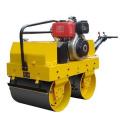 Compacteur à rouleaux de route à une seule roue