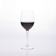 Verre à vin en verre rouge avec tige transparente