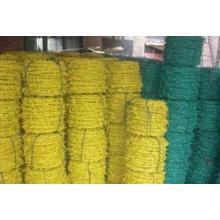 Alambre de púas de PVC verde utilizado en la protección