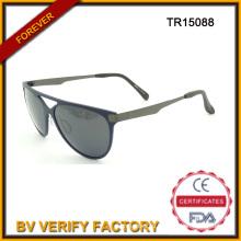 Новые Tr90 солнцезащитные очки с храмами металла, поляризованные линзы