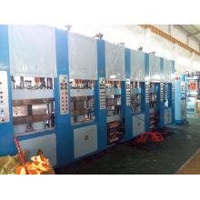 Máquina de moldeo por inyección EVA de 4 estaciones y color único
