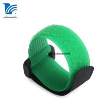 Attache de câble réutilisable en nylon avec boucle