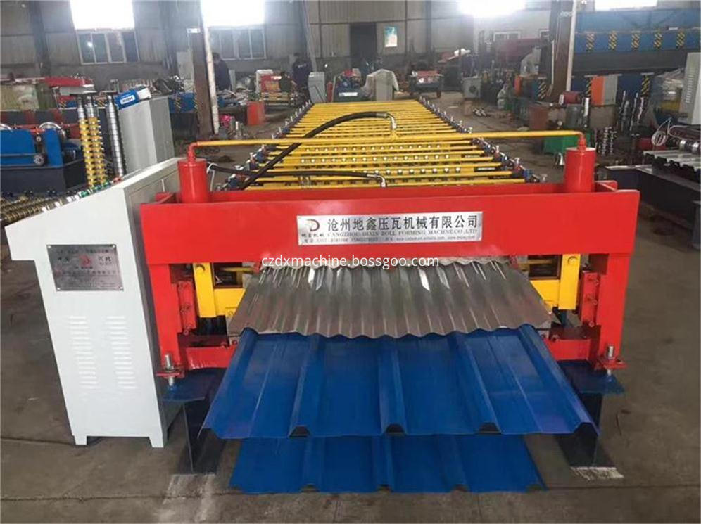 Trapezoidal roof panel corrugated wall tile making machine