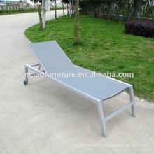 Chaise longue en plein air