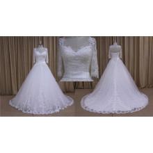 Une ligne manches 3/4 robes de mariée en dentelle