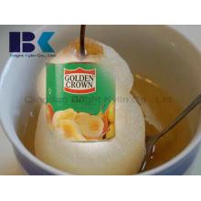 Kühle und erfrischende und köstliche Dosenbirnen