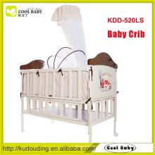 Hersteller NEUE Design Eisen Krippe für Baby, In Nachahmung der hölzernen Babykrippe mit Moskitonetz Babybett kann verlängert werden