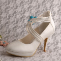 Online+Vintage+Bridal+Shoes+with+Zipper