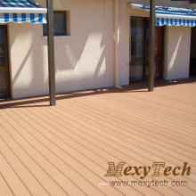 Eco Friendly Comfortable Outdoor Balcony Wood Plastic Board Decking