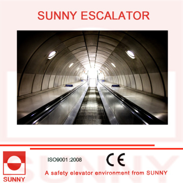 Heavy Duty Escalator with Anti-Slip Grooves and Screw-Free Inner Deck, Sn-Es-D035
