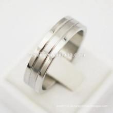 Simples Casual espelho polonês e acabamento fosco 316L em aço inoxidável titânio anéis de noivado do casamento