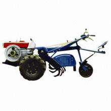 Waliking Tractors with Simple Structure