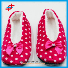 custom dot indoor home shoes slippers manufacturer