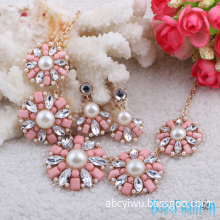 Latest New Arrival Paved Pearl Flower Shaped China Wholesale Cheap Price Costume Jewelry
