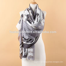 Clássico Europa Cinto e casaco longo lenço de malha de seda