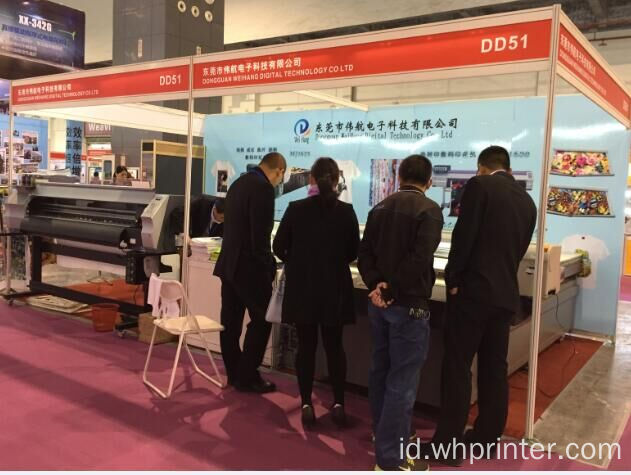 Printer Digital Resolusi Tinggi dengan Print Head DX5