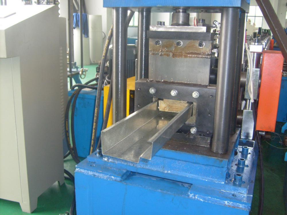 Roller Shutter Galvanized Steel Door Frame Machine
