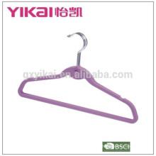 Platzsparende Gummi-Lack-ABS-Kleiderbügel mit Kerben und Bar