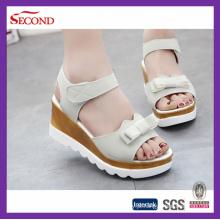 Sandálias da senhora do couro do falso tênis personalizados