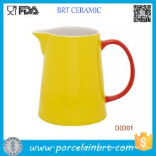 Jarro de água de cerâmica amarela de alta qualidade com alça vermelha