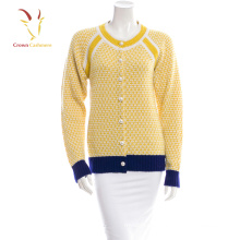 Women knitted cashmere cardigan with pearl button