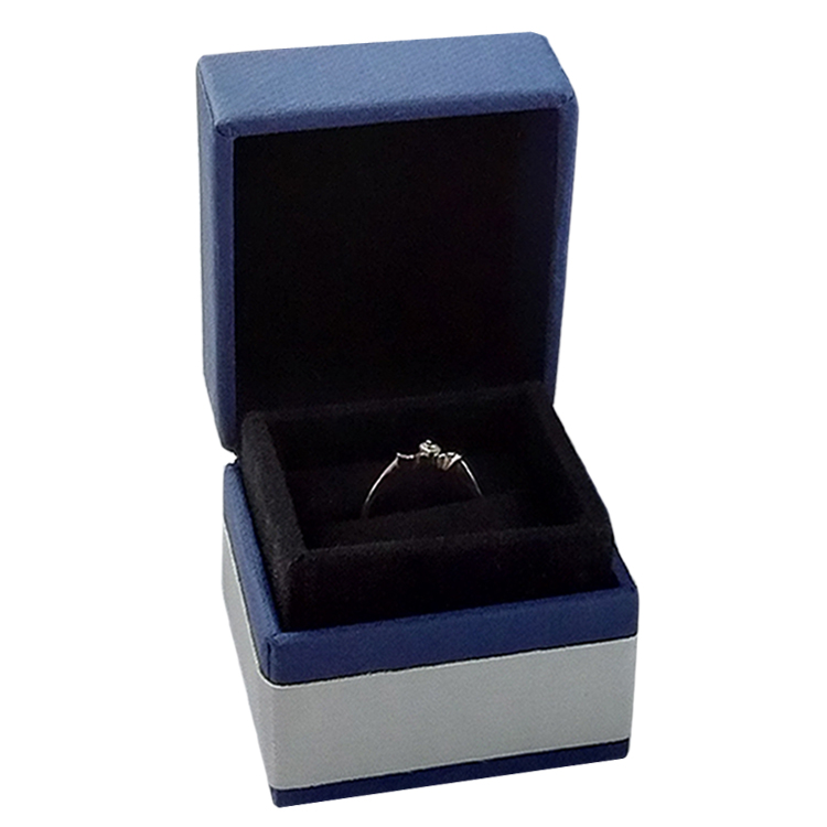 China Custom jewelry packaging with stamping logo ring box Manufacturers