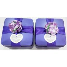 Lilla Wedding Tin Box med Flower Decration