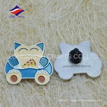 Emballage en caoutchouc émaillé enfant charmant badge avec logo