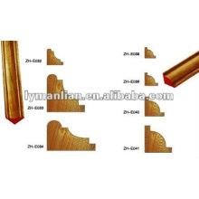 Molduras de madeira de canto