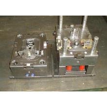Moule en plastique d'injection pour des pièces électroniques avec le coureur chaud / froid