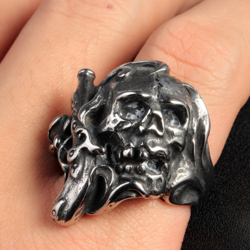 fashion jewelry skull ring