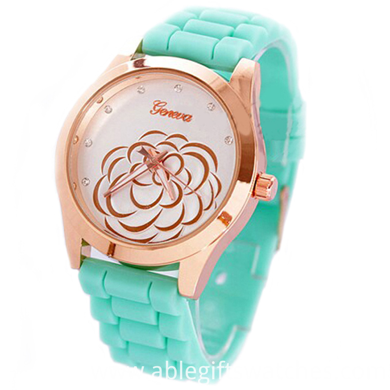 quartz print watch