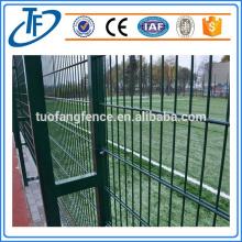 El PVC de alta calidad revestido soldó la cerca del acoplamiento de alambre