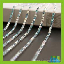 Cadena cristalina de la taza del rollo del diamante artificial en rollo, ajustes del Rhinestone de la cadena de la taza para los vestidos