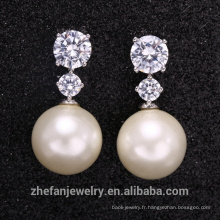 Vente chaude CZ pierre et blanc perle boucle d'oreille de haute qualité
