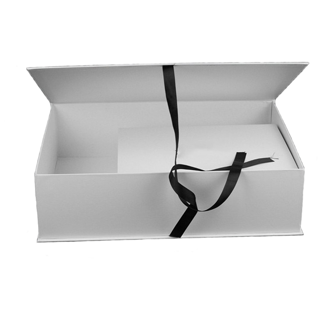 Ribbon Closure Paper Gift Box