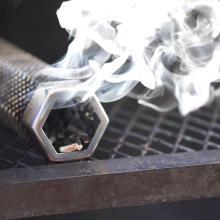 Tube de fumoir à granulés 12 po en acier inoxydable hexagonal