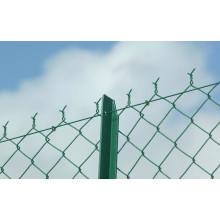 Hergestellt in China Galvanisierte Kettenglied-Zäune werden im schützenden Platz wie Flughafen benutzt