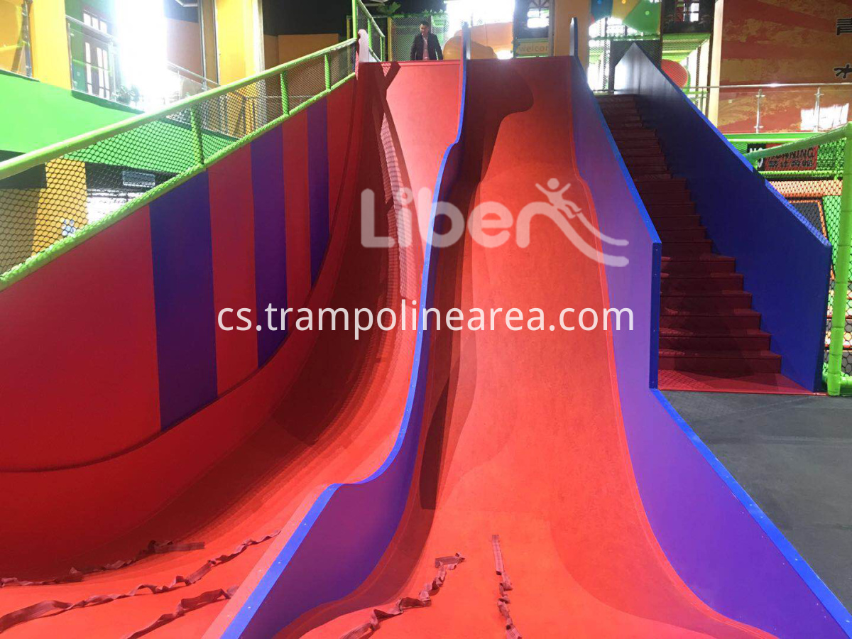trampoline with slide