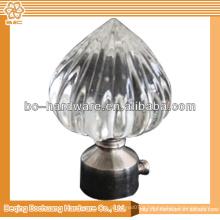 Finitions de rideaux en cristal et rideaux en métal