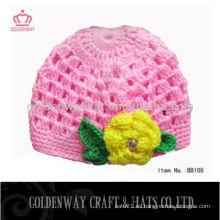 Bebé hizo punto los sombreros de la gorrita tejida para las muchachas