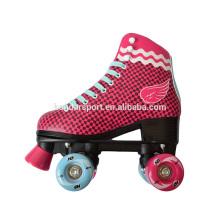 patines de la historieta de las patinas del rodillo del diseño del nuevo patín caliente de la venta con precio bajo