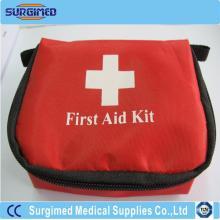 Kit de primeiros socorros com suprimentos médicos para casa