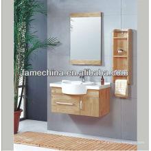 Vaia de banheiro clássica de carvalho europeu