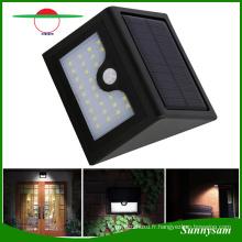 Lampe de sécurité de l'énergie solaire Lampes de capteur de mouvement PIR imperméable Lampe de lumière de jardin 28PCS LED Wall Mount