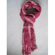 Первоначальные шарфы из полиэстера, окрашенные пряжи