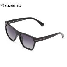 26011 PC-Sonnenbrille mit quadratischem Rahmen und polarisiertem Tac-Spiegel